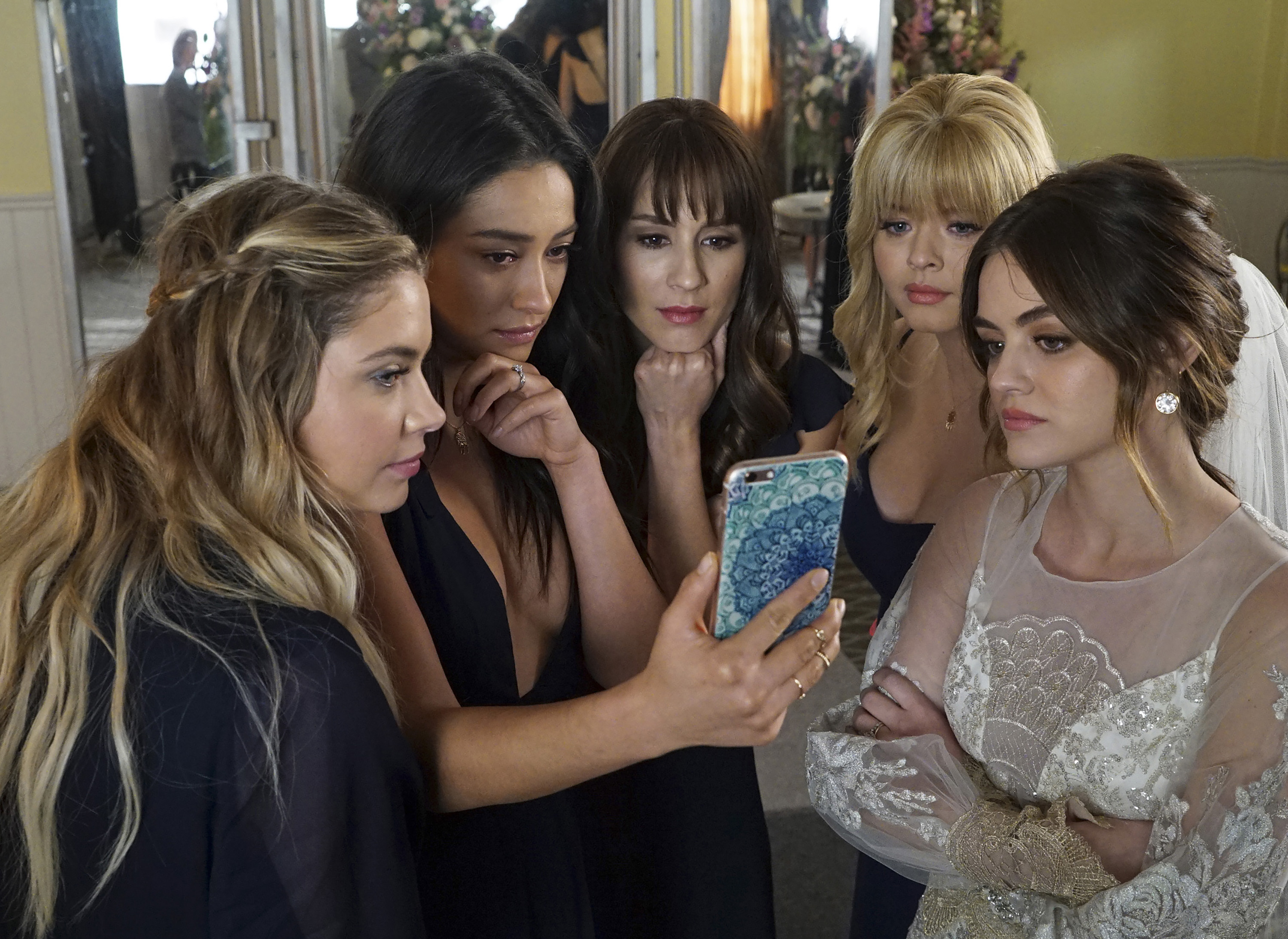 Pretty Little LIars finale most tweeted about TV episode of 2017