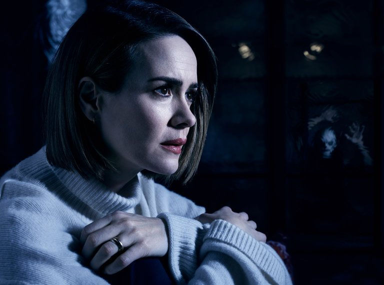 American Horror Story: Cult Recap: Won't You Bee My Neighbors?